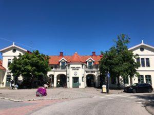 Herrljunga tågstation - endast ett stenkast från Hotellet